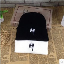Discount wholesale knitted cashmere hat 2016 autumn and winter to keep warm fashion star with cotton hat section LH7 letters knitting wool lovers all yards