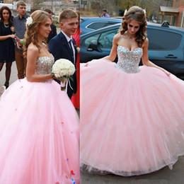 Wholesale Rosa Vestidos de quinceañera sweetheart lentejuelas vestido de fiesta vestido de fiesta con cuentas vestidos backless de debutantes de tul hasta el suelo vestidos de quinceañera