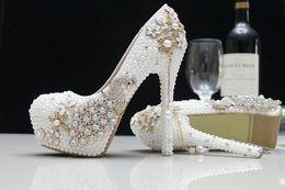 Wholesale Peacock Rhinstone boda nupcial zapatos cm de tacón alto partido baile mujeres zapatos de moda de lujo impermeable zapatos perlas boda zapatos