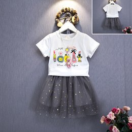 Discount cotton gauze patterns 2016 New Summer Baby Girls Suits baby cute perfume pattern T-shirts +lace gauze short skirt 2pcs sets girls fashion clother