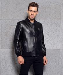 Wholesale Fasion montre cuir véritable manteau newzeland importations en peau de mouton matériel original technique et métaux luxe et articles simples étoiles meilleur amour