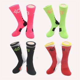 Wholesale hot mens new thick bottom towel male socks knee high KD elite basketball football soccer sport long tube crew sock terry socks for men dress