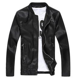 Wholesale MLJ23 New homens jaqueta sólido Estilo Coreano Moda Masculina Casual Masculino revestimento de couro PU Slim Fit Homens Sólidos Brasão Big Size M XL