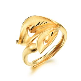 luxury 18k gold plated woman wedding rings cute big flower design allergy free women jewelry wholesale price kkj038 - Cute Wedding Rings
