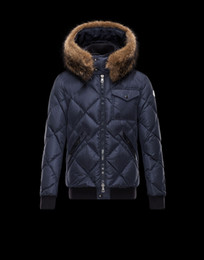 Wholesale M143 Mens Jackets French Luxury Brand Down Jackets Anorak Men Coats Thickening Male Clothes Real Raccoon Fur Collar
