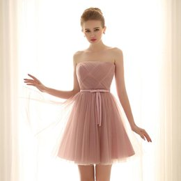 Wholesale Blush Pink Short Bridesmaid Dress Strapless Corset Back Pleated Tulle Women Wedding Party Dress for Beach Wedding
