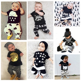Wholesale Baby Ins Clothing Sets Kids Baby Boys Girls Outfits Clothes T shirt Tops Pants Set Summer Outfits Batman Letter T Shirts Pants KKA524
