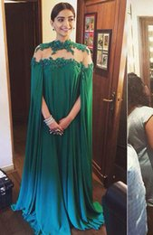 Wholesale Sonam Kapoor Evening dress Cheap Green color chiffon long wraps prom dresses beading long evening gown with cowl