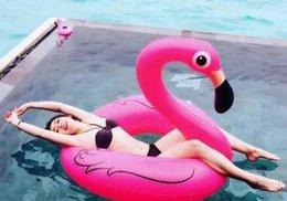 Wholesale 2016 CM pulgadas inflable gigante flamenco piscina juguete del anillo del flotador de la nadada piscina inflable rosa lindo Ride On para el Agua de días festivos de la diversión