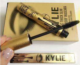 Nuevo Mascarilla de Kylie Jenner Magia espesa del rímel impermeable delgado Ojos negros del rimel Largo pestaña Ojos encantadores Cosmético Oro Cumpleaños Paquete