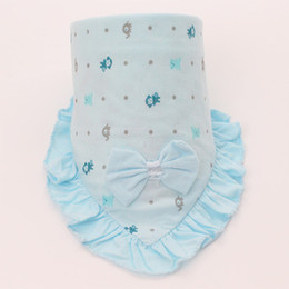 Wholesale Pure Cotton Bow Lace Baby Fashion Bibs Saliva Towels Pink Blue and Yellow Color