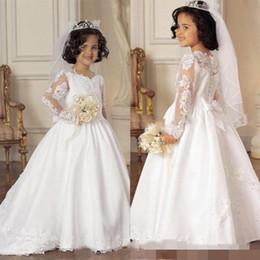 Wholesale Ilusión de manga larga vestidos de las muchachas de flor para las bodas Pequeña novia Vestidos formales niños muchachas del desfile de los vestidos con apliques arco del cordón