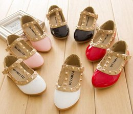 Wholesale New Princess Children Shoes Baby Girls Sandals Casual Leather Shoes Girl Kids Dancing Shoes Rivets Children s Flat Sandals