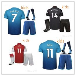 kids 2017 18 new gunners ozil soccer jersey 17 18 with socks alexis wilshere kit lacazette full sets