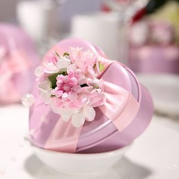 Wholesale Creative Pink Candy Box with Pink Flower Ribbon Wedding Creative Gift Candy Iron Box Wedding Candy Packaging