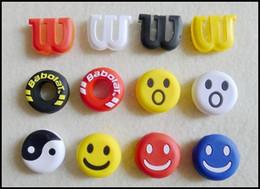 Mignon sourire en caoutchouc de silicone mini sourire visage amortisseur vibrations amortisseur pour la raquette de tennis de sport Livraison gratuite 00852