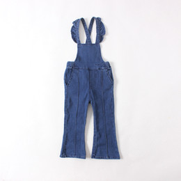 Wholesale Fashion Kids Girls Denim Flare Overalls Baby Girl Wash Blue Casual Suspender Pants Babies Autumn Winter Christmas Clothing