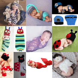 Newborn Baby Photography Props Meninos Vestuário Set Crochet Costume Striped Soft Outfits Beanie Pant atacado