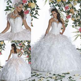 Wholesale Vestido de bola del Debutante vestidos de tafetán volantes de encaje Vestidos largos rebordeados amor del dulce dieciséis de Quinceanera del corsé de suelo