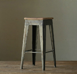 Mining and wind do the old retro style rustic bar stool chair leisure