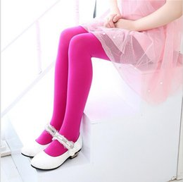 Loom knitted pantyhose