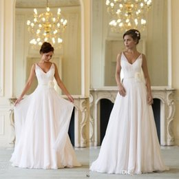 Wholesale Naomi Neoh Summer Wedding Dresses Backless V Neck Elegant Grecian Chiffon White Long Greek Beach Bridal Dresses With Flower Robe De Mariee
