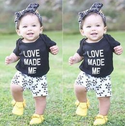 Wholesale Baby Girl Outfits Summer Ins Clothes Cotton Short Sleeve Letter Tops Triangle Printed Shorts Sets Baby Boys Girls Clothes