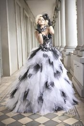 Wholesale 2016 Black White Quinceanera Dress Ball Gowns Tulle with Appliques Tiered Vestido Debutante Girls Clothing Sweetheart Backless Prom Dress DZ