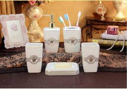 White And Balck Colors Ceramic Bathroom Accessories Elegant 5 Pieces Bathroom Sets 1 Soap Bottle 1 Soap Dish 1toothbrush Holder 2 Cups