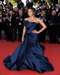Wholesale Armada de hombro elegante tafetán º Festival de cine de Cannes Alfombra roja Eva Longoria Prom vestidos de la celebridad Vestidos Sexy Off