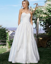 Wholesale Understated Natural Silk Ball Gown Wedding Dresses Sweetheart Natural Waist Lace Appliques Pockets Full Skirt With Chapel Train
