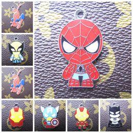 Mezclados al por mayor de Marvel Avengers Carácter encantos del metal de la historieta de los colgantes de la joyería que hace los regalos del partido del juguete