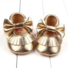 Горячие сбывания младенца Первый Walker обувь Мягкая кожа PU Тассел мокасины ходок ботинок младенца малышей смычка Fringe кисточкой обувь Бесплатная доставка