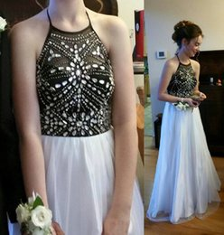 Wholesale Black and White Long Crystal Prom Dresses A Line Halter Couple Fashion Teens Pageant Graduation Formal Evening Party Gowns For Girls