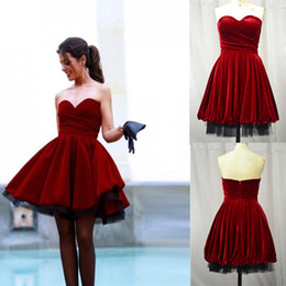 Wholesale custom made evening dresses cheap Velvet sweetheart short party cocktail gowns backless Puffy Short prom dressess