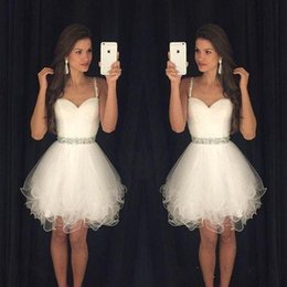 Wholesale Hot Sale Cheap Branco Vestidos Homecoming espaguete frisado vestido de baile de tule Mini Tule Prom Vestidos Vestidos de graduação da escola º