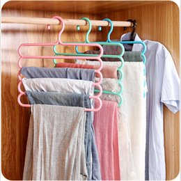 Wholesale 10Pieces Montaje colorido de la suspensión de ropa antideslizante de múltiples capas de los pantalones del guardarropa del marco de la suspensión soportes colgantes