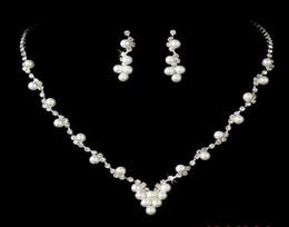 New Pearl Brides Boucles d'oreilles Bijoux Accessoires 2017 En Stock Prix bas Argent Couleur Avec Crystal Livraison Gratuite Top Sale Pour Événement de mariage