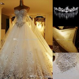 Luxury Crystal Wedding Dresses Lace Cathedral Lace-up Back Bridal Gowns 2016 A-Line Sweetheart Appliques Beaded Garden Free Crown