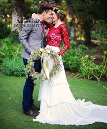 Wholesale Blanc et rouge Bohemia mariage de plage robes de robes à manches longues A Détails Pleat ligne Lace Tiered Jupes Vague Deux Pièces de mariée