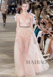 Wholesale semana de la moda nuevo vestido de Monique Lhuillier Nueva York rosada de tul lentejuelas profundo cuello en V vestido de noche de los vestidos de la celebridad