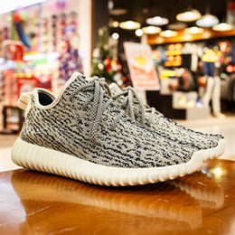 Wholesale Adidas Originals Yeezy Boost White Gray Authentic Kanye West Yeezy Boost Pirate Black Running Shoes US5 US11 With Box
