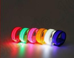 6 цвет KKA149 проблесковый ходовой части Светящиеся LED лучезапястного сустава Свет вспышки Нейлон Браслет-манжета вторичное использование ходьба Бег 50шт безопасности ArmBand