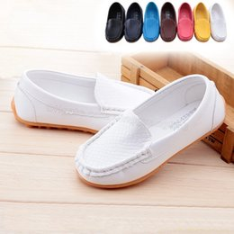 Wholesale Lowest Price New Fashion Unisex Children s Lazy Shoes Boys Gommini Loafers Girls Shoes Moccasins Kids Shoes Many COLORS