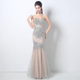 Wholesale Elegante longo sexy senhoras smoking formal querida branco strass vestidos de noite sereia romântica festa celebridade vestidos QW709