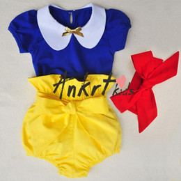 Wholesale INS baby outfits summer toddler kids snow white short sleeve T shirt shorts red Bows headbands sets babies clothes A8273