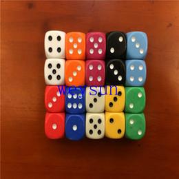 14mm NS Poker Chips dés pour Ludo Jeu Dice Bleu, Vert, Jaune, Noir, Orange coloré couleurs cadeaux promotionnels RPG DICE SET