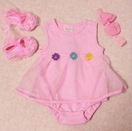 Wholesale la ropa del verano del bebé recién nacido establece diadema tutu zapatos romper cordón de la flor del boutique de trajes de bebé de algodón al por mayor de la ropa blanca y rosa