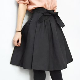 Wholesale A Line Flared Pleated Fashion Street Style Women s Solid Plain Casual Vintage High Waist Elegant Pockets Midi Skirts with belt