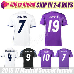 Camiseta Reals Madrid camiseta 2017 Ronaldo Camiseta de fútbol MODRIC BALE KROOS ISCO BENZEMA Camisetas de fútbol Camisa JAMES jersey